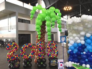 large palm tree balloon