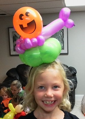 balloon hat twister