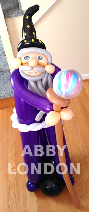 wizard balloon sculpture